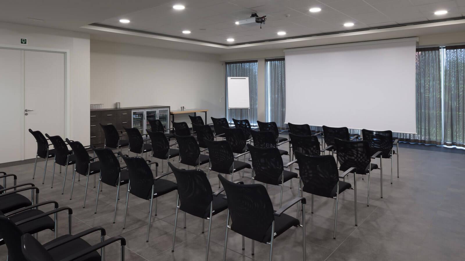Mezzo Business Room